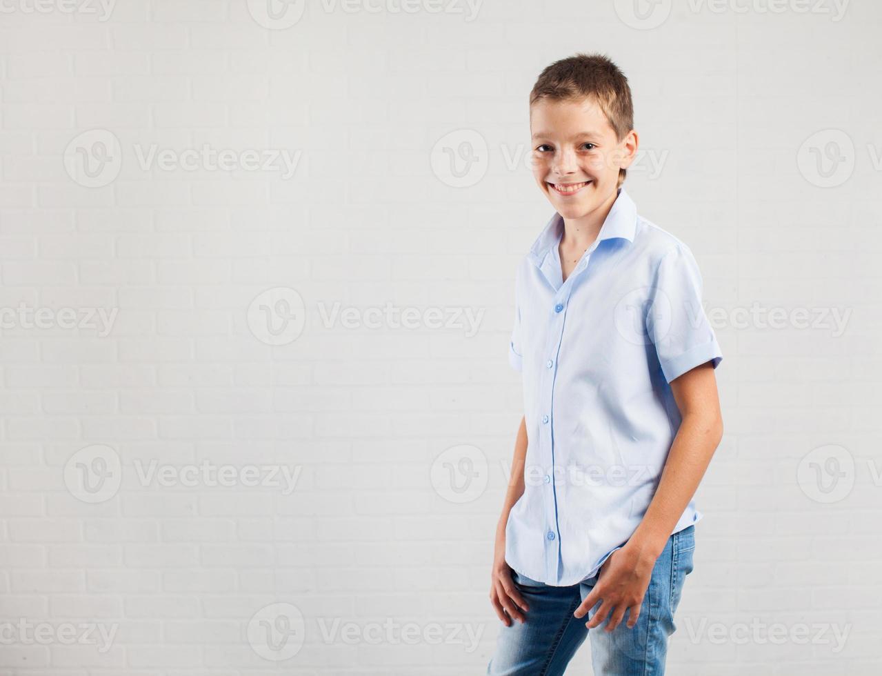 glad tonåring foto