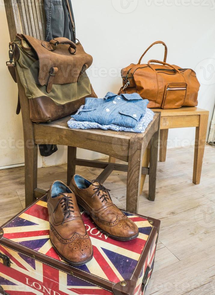 vintage manliga kläder och accessoarer. foto