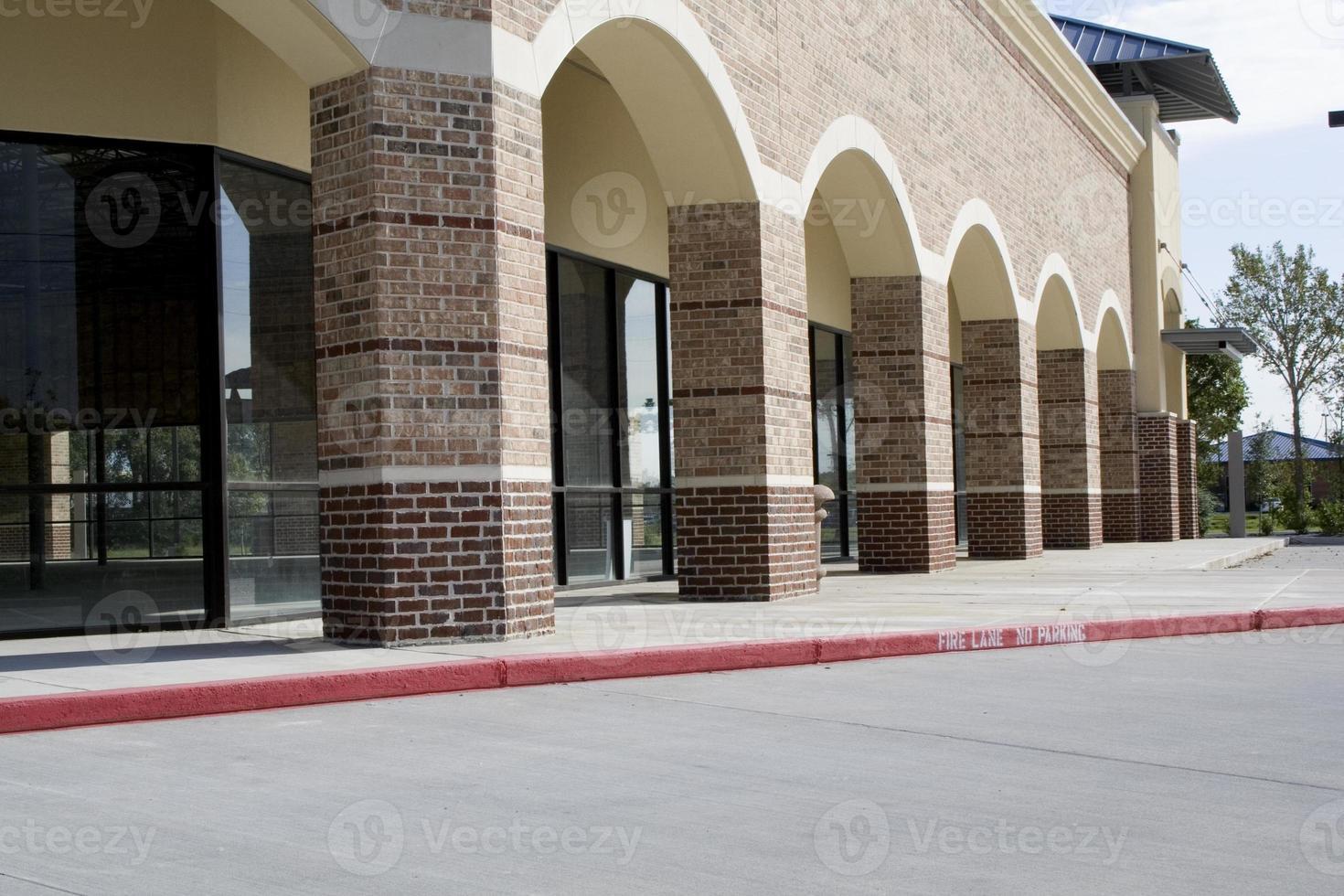nytt köpcentrum (tomt) foto