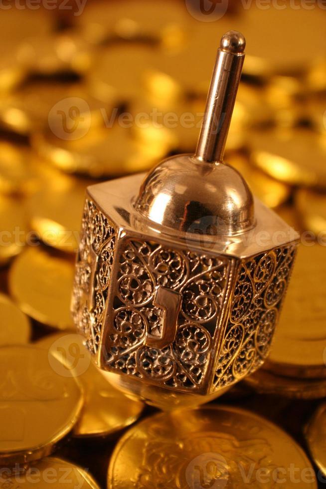 silver dreidel foto