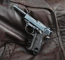 världskrig ii tyska officerare pistol. foto