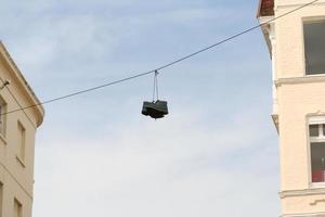hängande stövlar foto