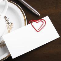 romantisk arbetsplats relation koncept foto