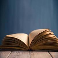 öppen bok, copyspace foto