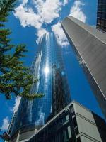 skyskrapor i finansdistriktet frankfurt, Tyskland foto