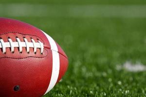 amerikansk fotboll på nära håll foto