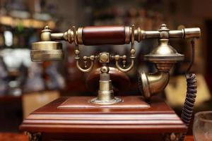 vintage trådbunden telefon foto