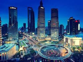shanghai nattutsikt från det orientaliska pärltornet