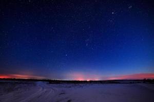 stjärnor på natthimlen foto