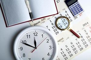 business stil liv med klocka foto