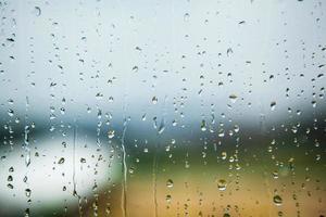regndroppar