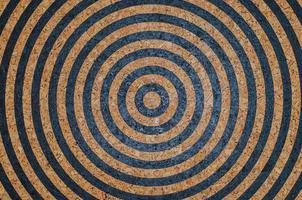 cirkel korktavla måla mål som bakgrund foto