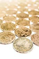gamla och vintage indiska mynt i ett stycke foto