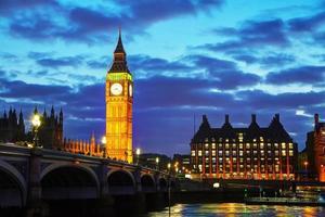 översikt över London med Elizabeth Tower foto