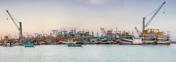 industriellt fiske i Thailand foto