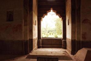 fönster med ljus foto