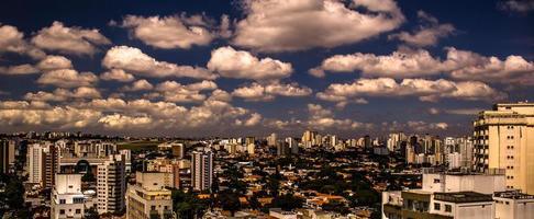 utsikt över byggnaderna i São Paulo / regional2014 foto