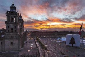 storstadskatedral zocalo mexico city sunrise mexico