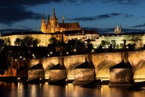 charles bridge i prag, Tjeckien foto
