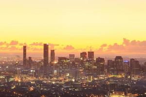 soluppgång utsikt över Brisbane City från Mount Coot-Tha
