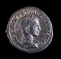 romerskt silvermynt - alexander foto