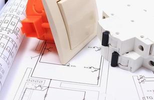 komponenter för elektriska installationer och konstruktionsscheman foto