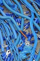 kablar och elektriska komponenter för användning i elektriska installationer foto
