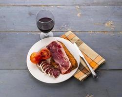 rostat bröd och cured kött (ii) foto