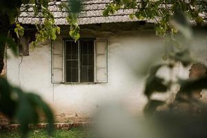 gammalt byhus foto