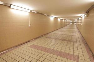 underjordisk passage foto