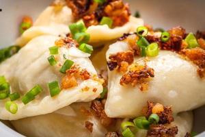 hembakade dumplings. foto