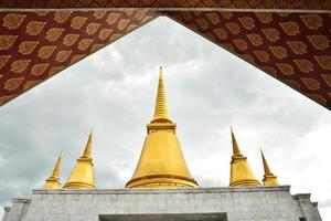 tempel i phutthamonthon-provinsen foto