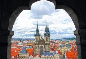 vår dam kyrka tyn kyrka i Prag foto