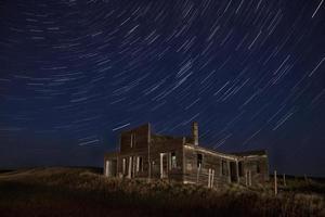 stjärna spår natt fotografering övergivna byggnad foto