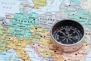 resedestination Tyskland, karta med kompass foto