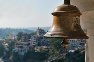 klocka i indiskt tempel foto