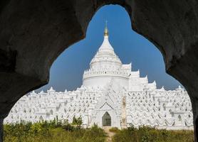 mingun vit pagod i myanmar