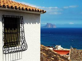 spansk riven fönster foto