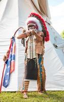 nordamerikansk indian i full klänning foto