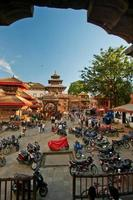 gamla durbar fyrkant med pagoder. Nepal största stad foto