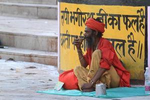 heiliger sadhu in indien foto