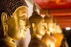 buddha statyer i Thailand foto