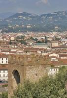 Florens stadsbild med Torre San Niccolo, Italien