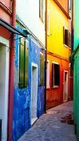 burano färgglada husbyggnad foto