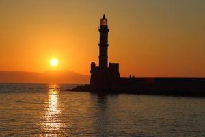 fyr silhuett på solnedgången Chania Kreta