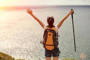 vandrare för ung kvinna foto