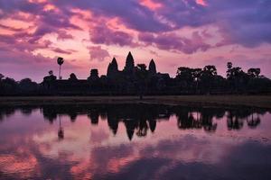 angkor wat vid soluppgången, siem skördar, Kambodja foto