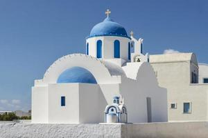ortodoxa kyrkan på ön santorini, Grekland foto