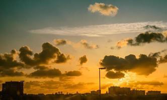 himmel över staden Hague foto