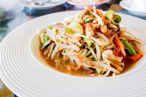 thai papayasallad, som tum.